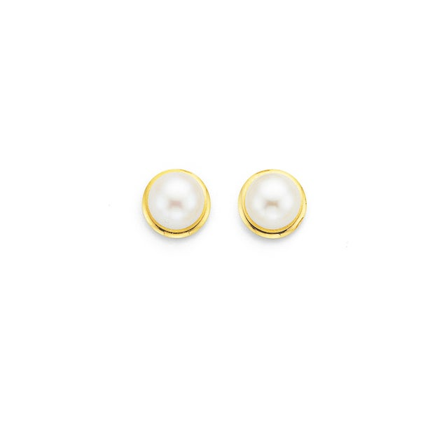 5.5mm Freshwater Pearl Studs in 9ct Yellow Gold