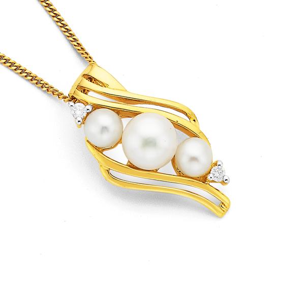 9ct 3 Freshwater Pearl & Diamond Pendant