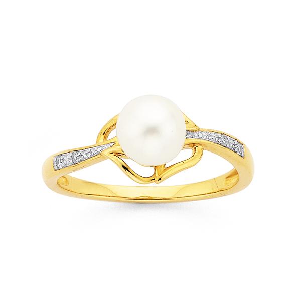 9ct Freshwater Pearl & Diamond Ring
